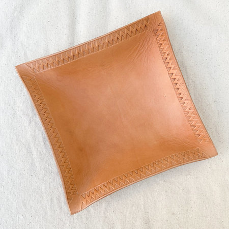 Made Solid x Arkestra XL LEATHER Hand Shaped Tray - NATURAL