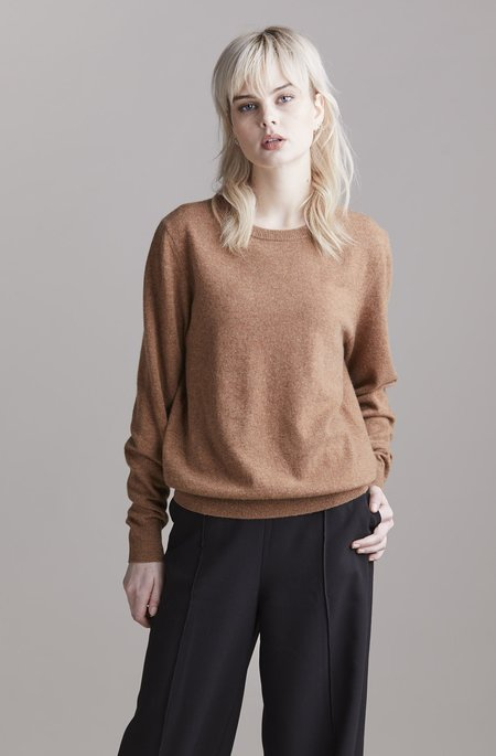 Laing Home Sam Essential Cashmere Crew - Whiskey