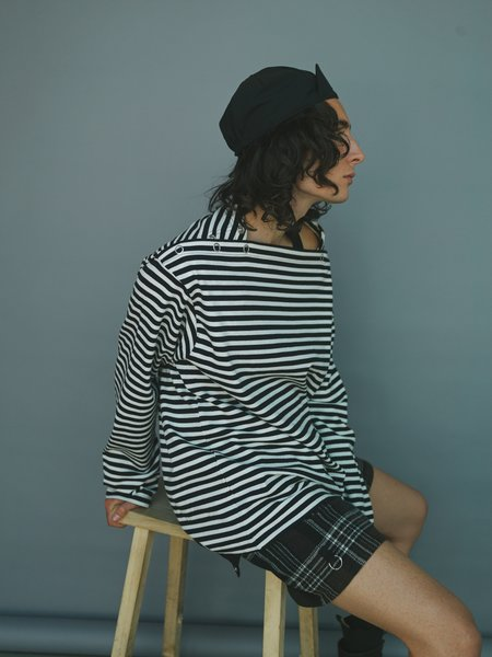 The Soloist. Striped Shoulder Buttoned Boat Neck Long Sleeve Shirt - Black/White