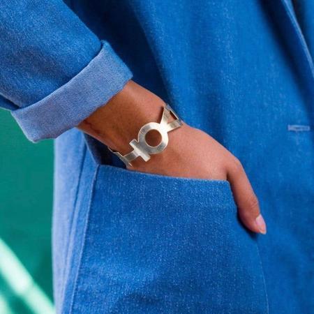 Anethum Jewelry Vote Bracelet Cuff - Silver