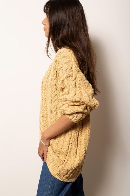 Vintage Cable Knit Sweater - Tan