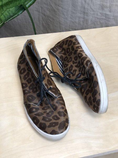 [pre-loved] KAANSAS Cheetah Tennies - tan / brown multi