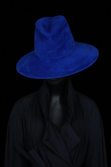 Esenshel Split Wide Curved Brim Hat - Royal