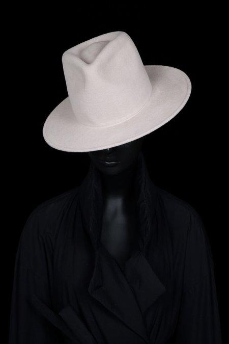 Esenshel TEAR TALL ROUND BRIM HAT - BONE