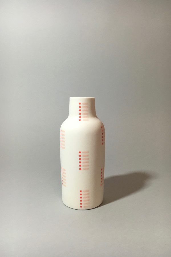 The Granite Bottle Vase, Combs - Blush