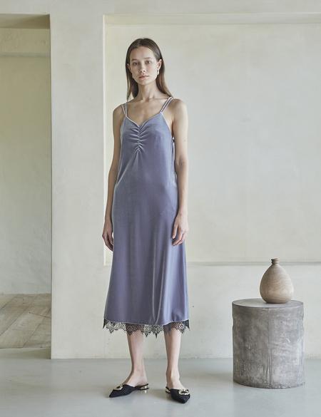 Maison De Ines VELVET LACE SLIP DRESS - GRAY