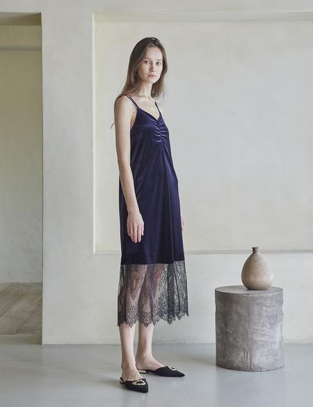 Maison De Ines VELVET LACE SLIP DRESS - NAVY