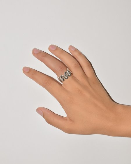 Oma Swerve Ring - Sterling Silver