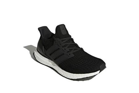 Adidas Ultraboost - Black/White