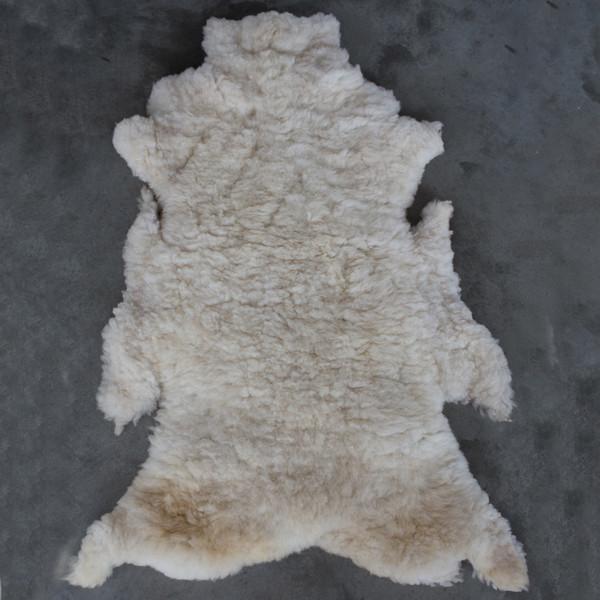 NOMAD COLLECTIVE Sheepskin Pelt