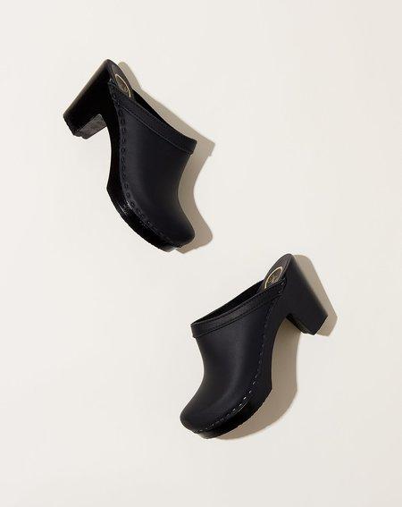 No.6 Old School Clog on High Heel - Black/Black Base