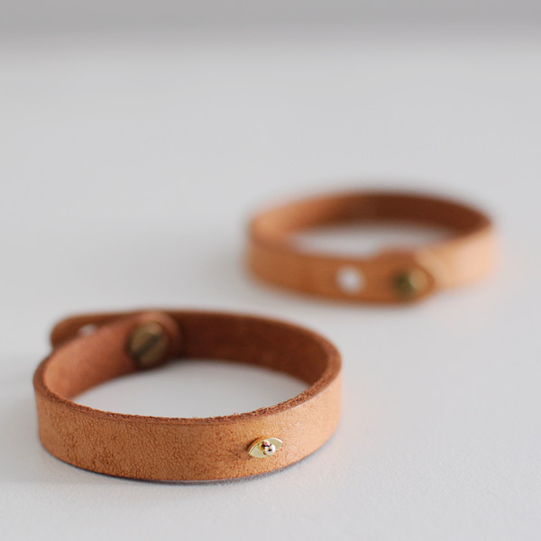 ILD DESERT EYE LEATHER CUFF