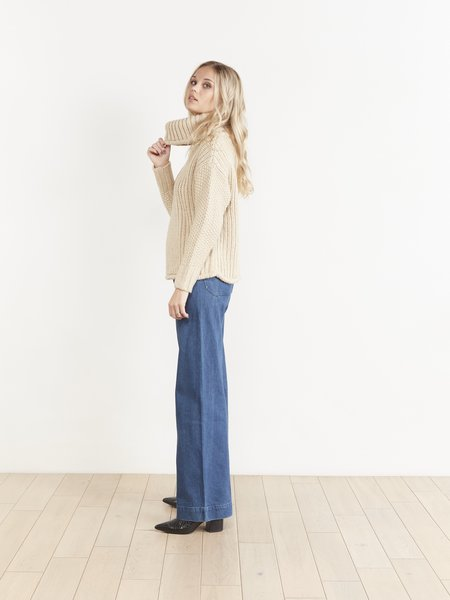 THE ODELLS Funnel Neck Sweater - CUMIN