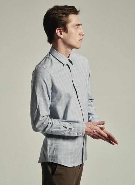 delikatessen Portuguese Mix of Cotton and Cashmere Feel Good Shirt - Blue/beige