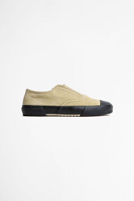 Reproduction of Found Italian military trainer - natural/black
