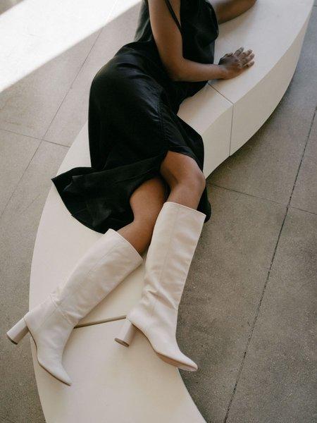 LOQ Donna Boot - Hueso
