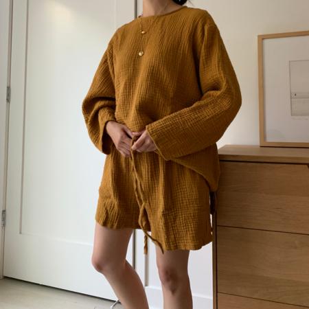 APRIL MEETS OCTOBER August Shorts - Mustard