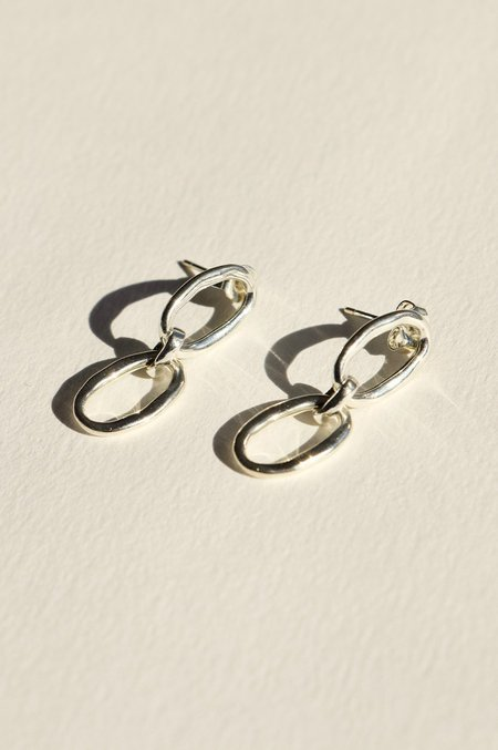 BRIE LEON Link Chain Stud Earrings - Silver plated/brass