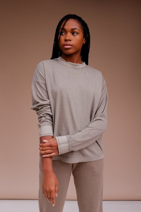 Richer Poorer Relaxed Long Sleeve Pullover - Warm Grey