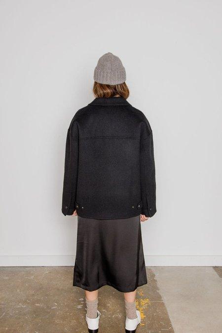 JOWA. Handmade Half Coat - Black