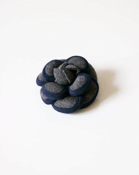 [Pre-loved] Chanel Camellia Knit Brooch - Grey/Navy
