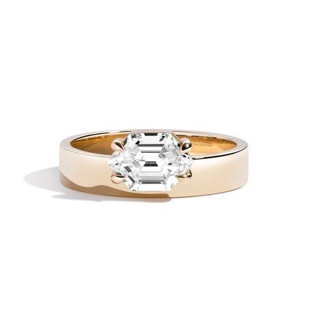 Shahla Karimi East-West Elongated Hexagon Offset Ring - 14K Yellow Gold