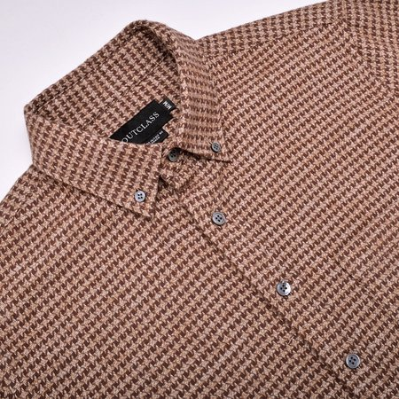 Outclass Houndstooth Flannel - Camel