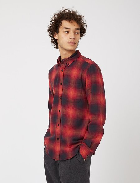 Portuguese Flannel Light My Fire Shirt in Check - Red