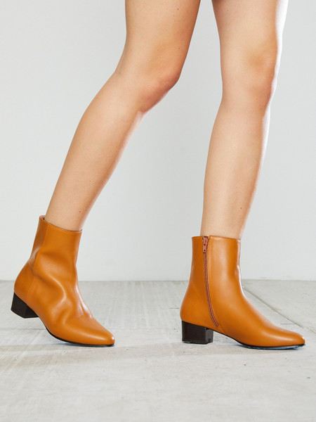 Anne Thomas Michele Boot