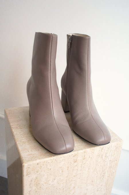 """INTENTIONALLY __________."" Janetta Boot - Taupe"