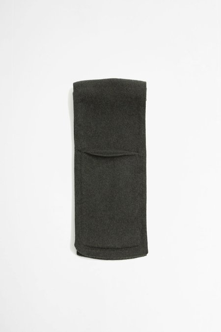 Margaret Howell  lambswool Pocket scarf - Khaki