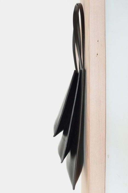 Sara Barner Leather Stack Tote - black