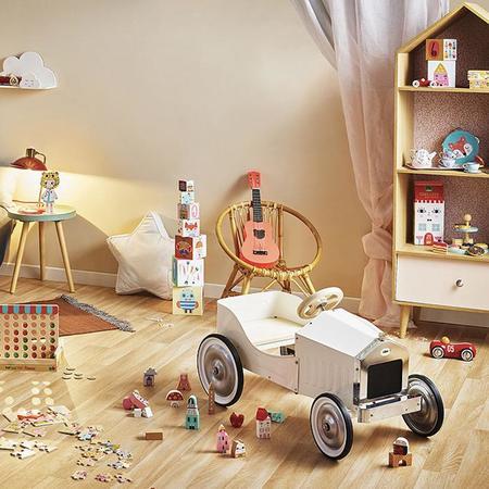 KIDS Vilac Ride On Pedal Car toy - Ivory White