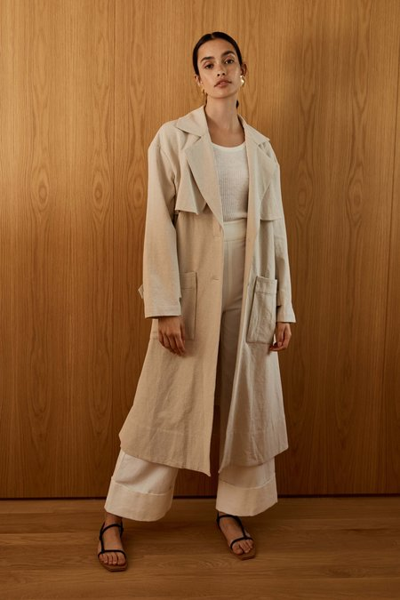 Pearl And Palm. Neda Trench Coat - Natural