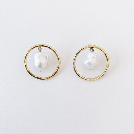 crescioni disc earrings - Silver/brass/pearl