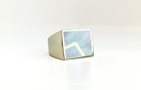 Unisex Legier Stone Signet Ring with Metal Inlay