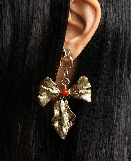 Ora-C REIGN BOW carnelian earrings
