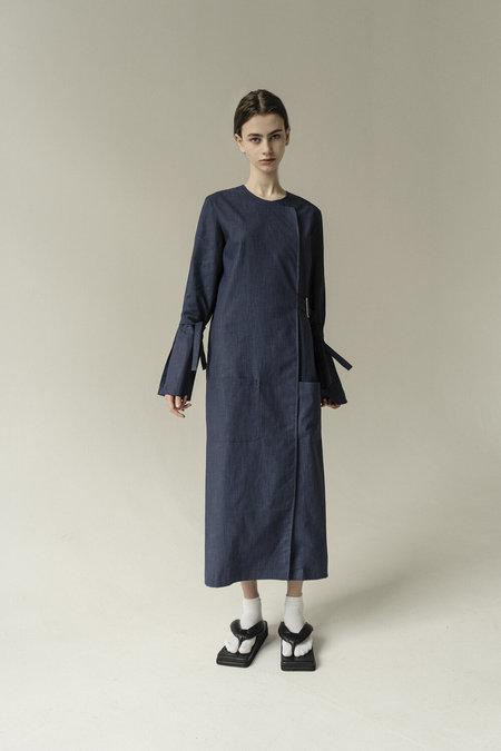 K M by L A N G E LONG BELTED DRESS - NAVY