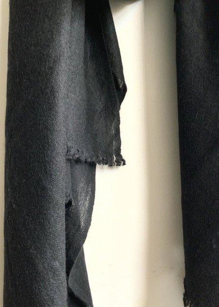 Portolano Cashmere Wrap - black