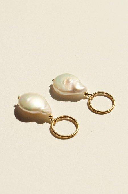 BRIE LEON 925 Fresh Pearl Sleepers V2 Earrings - Gold/Silver