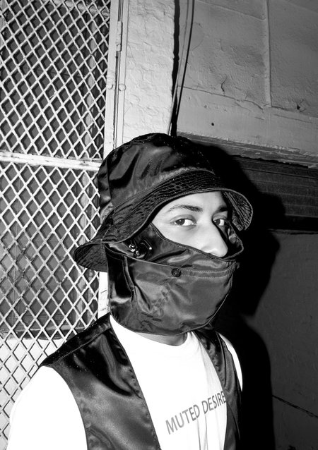 Muted Desires Face Mask Bucket Hat - noir