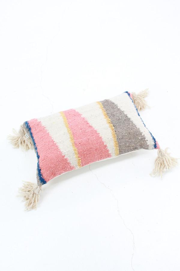 Woven Pillow Diagonal