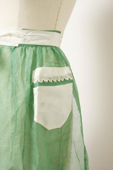 Vintage Sheer Apron With Trim - Green/White