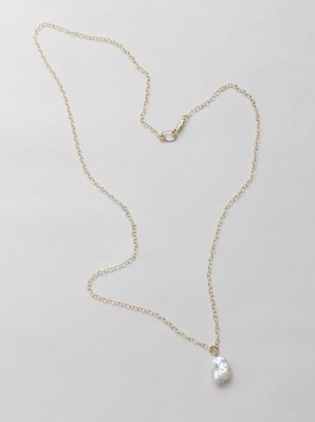 MERAKI BOUTIQUE Chain Little Gold Cloud Pearl Necklace - Gold