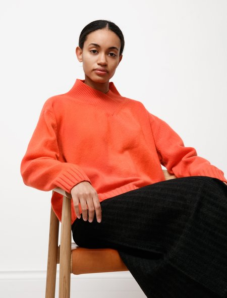 Hache High V-Neck Knit sweater - Bright Coral