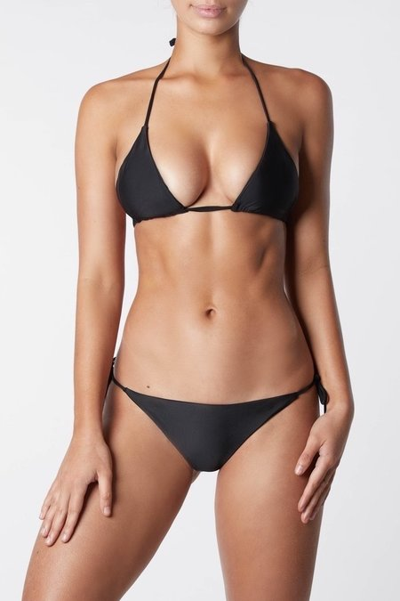 IT'S NOW COOL Sliding Triangle Bikini Top - Black
