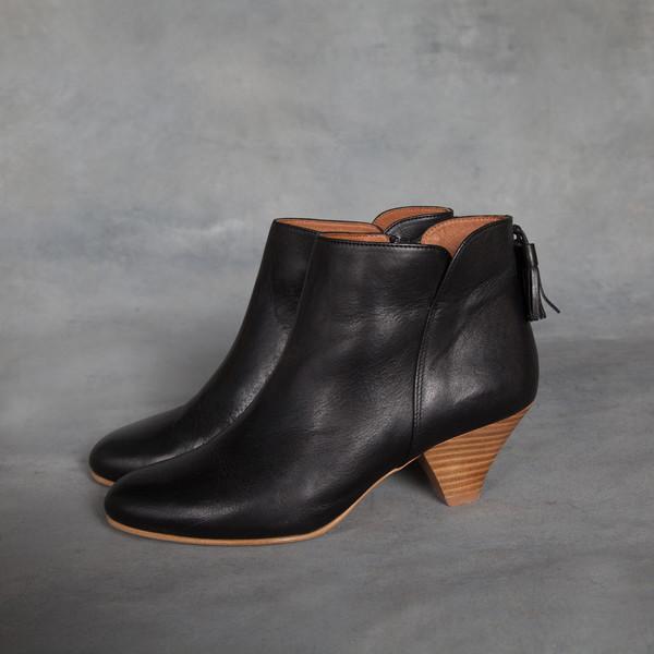 Sessun Barranco Tassel Ankle Boots