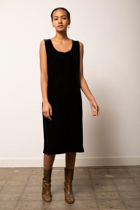 Vintage Velvet Shift Dress - Black