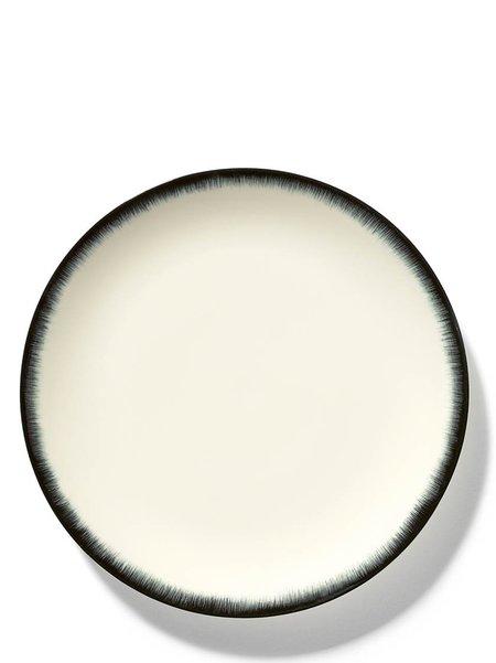 Ann Demeulemeester x Serax 28 cm Var 3 Plate - Off-White/Black