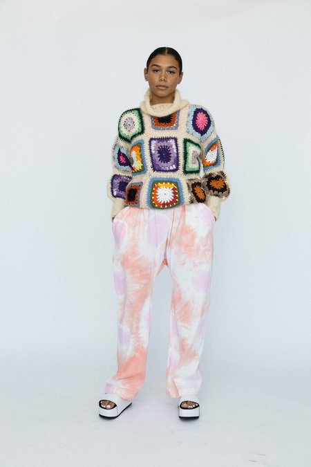 323 Nana Sweater